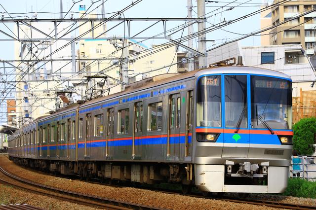 三田線の車体