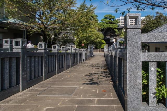 泉岳寺の墓地