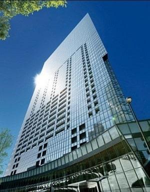セントラルパークタワー・ラ・トゥール新宿の建物