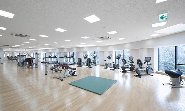 セントラルパークタワー・ラ・トゥール新宿のスポーツジム