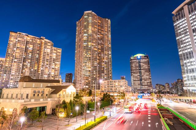 タワーマンションの夜景